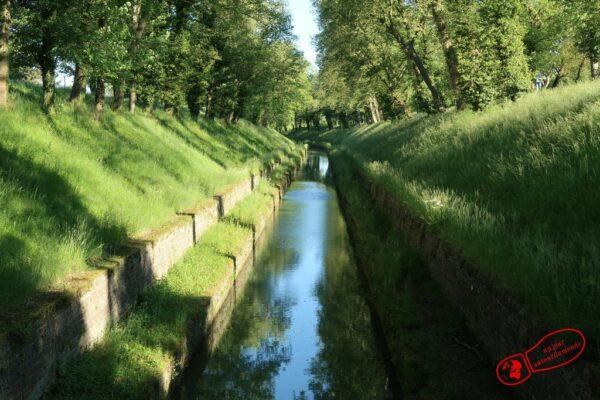 Canal de Bourgogne à Pouilly-en-Auxois