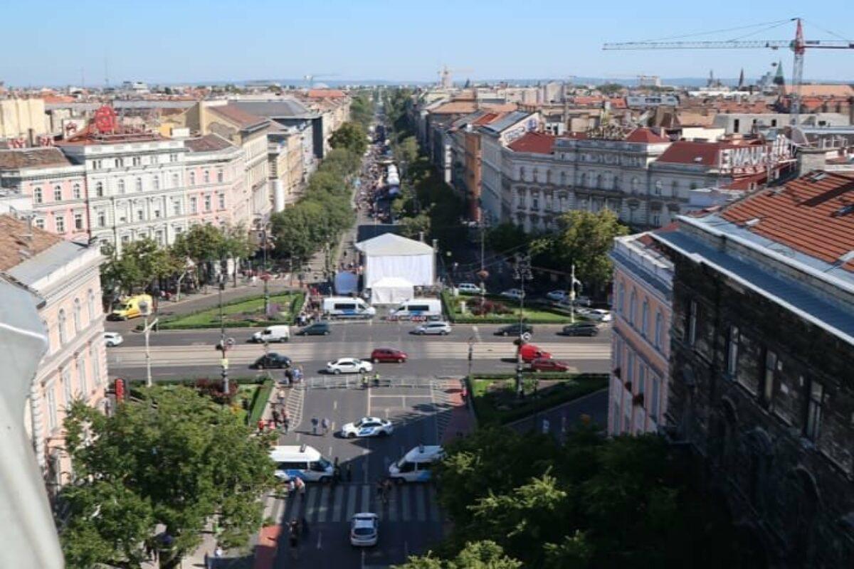 Vendredi 20 – dimanche 22 septembre – Mes débuts à Budapest